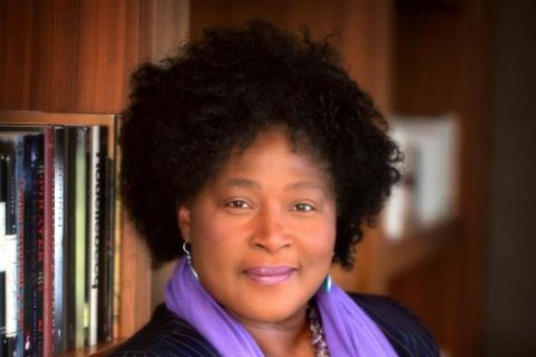 Dr Desirée Cox