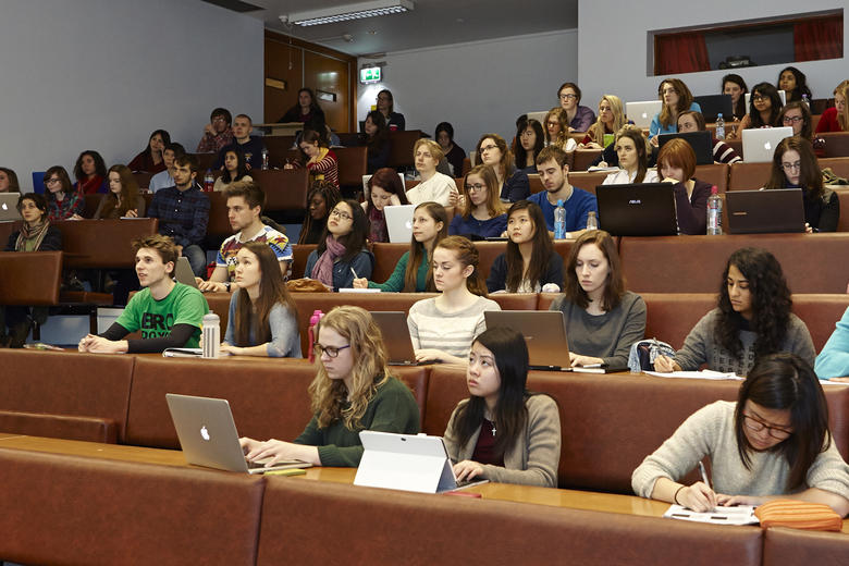 Students listening to a lecture at Oxford University