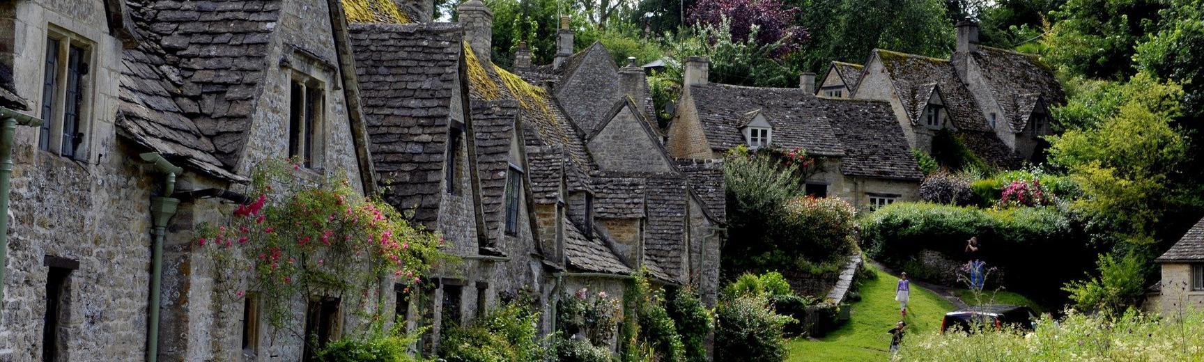 A street in a Cotswold village