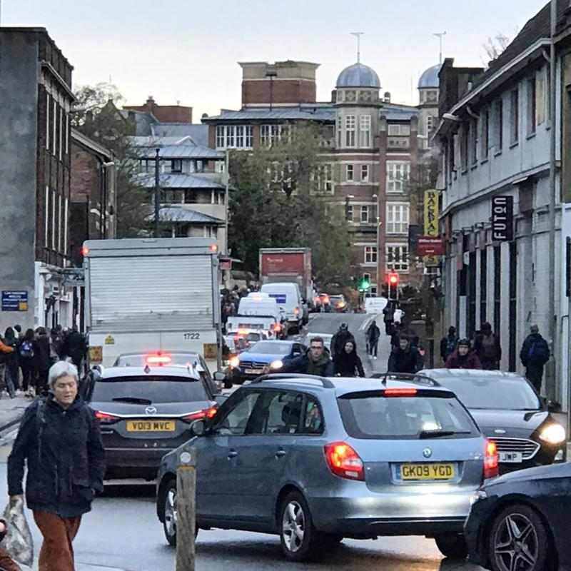 Traffic congestion on Hythe Bridge Street in Oxford