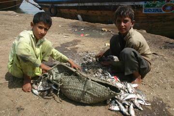 Still from Concrete Dreams of street children in Karachi